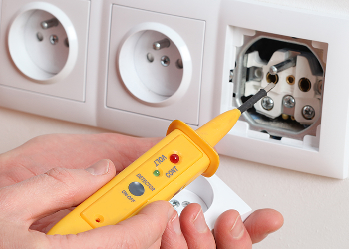 Spannungsmesser, Spannungsprüfer für Steckdosen
