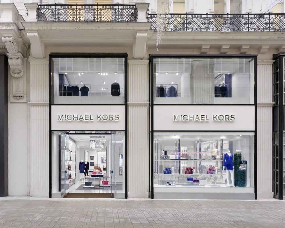 Michael_Kors_store_Vienna_Kohlmark